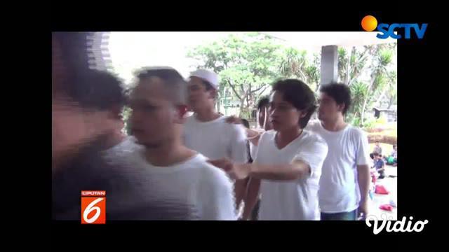 Pelimpahan berkas dilakukan di Mapolda Metro Jaya, Jakarta, dengan pihak Kejaksaan datang ke Polda Metro Jaya.
