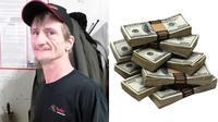 Seorang supir bus jujur mengembalikan uang yang ia temukan