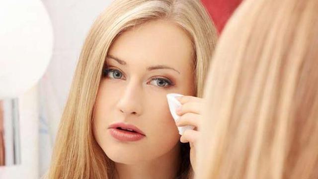 Hasil gambar untuk menghapus make up