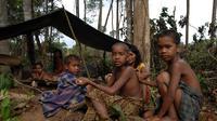 Orang Rimba atau Suku Anak Dalam. (kkiwarsi.wordpress.com)