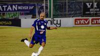 Luis Edmundo saat masih memperkuat Persita sebagai pemain. (Persita Tangerang)