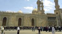 Universitas Al Azhar di Kairo, Mesir, dikenal sebagai salah satu tempat belajar Islam terkemuka di dunia. (AFP)