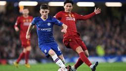Pemain berusia 18 tahun ini bermain sejak menit awal ketika Chelsea bertemu Liverpool di putaran kelima Piala FA. Dalam laga yang berlangsung di Stamford Bridge tersebut, Chelsea menang dengan skor 2-0. (AFP/Daniel Leal-Olivas)