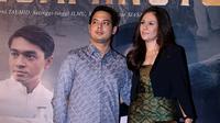 Wulan Guritno dan Adilla Dimitri menghadiri premier film 'Guru Bangsa: Tjokroaminto'. Foto: Galih Satria