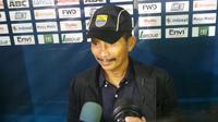 Djajang Nurdjaman komentari duel Persib vs Semen Padang (Okan Firdaus/Liputan6.com)
