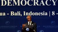 Mantan Sekretaris Jenderal PBB Kofi Annan menyampaikan pidato dalam pembukaan Bali Democracy Forum (BDF) IX di Nusa Dua, Kamis (8/12). Acara BDF ke-IX ini resmi dibuka oleh Presiden Joko Widodo (Jokowi). (SONNY TUMBELAKA/AFP)
