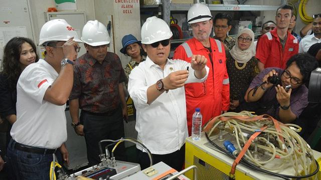 Menkominfo Resmikan Pembangunan Kabel Laut Palapa Ring Barat