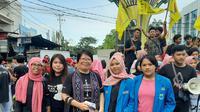 Aksi damai yang dilakukan sejumlah elemen masyarakat di Sulut untuk mendukung pengesahan RUU PKS.