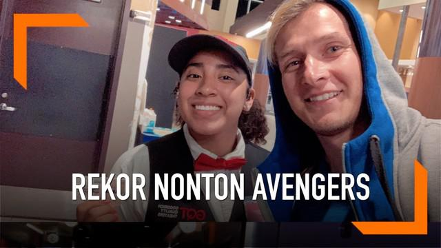 Terlalu fanatik, seorang pria asal Los Angeles, Amerika Serikat, pecahkan rekor nonton Avengers Endgame terbanyak. Hingga Kamis (13/6), Agustin Alanis telah menonton sebanyak 114 kali.