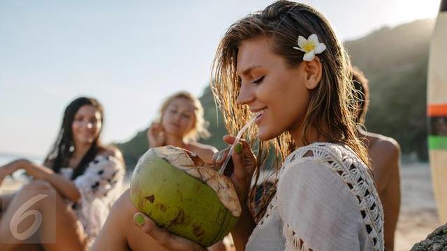 Ketahui Manfaat Minum Air Kelapa Selama 2 Minggu Lifestyle Liputan6 Com