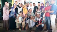 Misbakhun gelar serap aspirasi dan temu kangen bersama teman-teman dan gurunya semasa sekolah dasar di Kelurahan Bukir, Kecamatan Gadingrejo, Pasuruan. (Istimiewa)