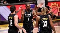 Kevin Durant kembali memimpin Brooklyn Nets saat bersua New Orleans Pelicans di laga NBA 2020/2021, Kamis (08/04/2021) pagi WIB. (ELSA / GETTY IMAGES NORTH AMERICA / GETTY IMAGES VIA AFP)