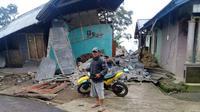Gempa bumi mengakibatkan ratusan rumah, tempat ibadah dan fasilitas umum rusak di Banjarnegara. (Foto: Liputan6.com/SRU RAPI BNA/Muhamad Ridlo)