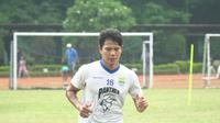 Bek tengah Persib Bandung Achmad Jufriyanto tak mempermaslahkan banyaknya pilihan di lini belakang Maung Bandung. (Huyogo Simbolon)