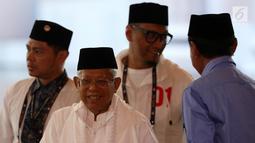 Cawapres nomor urut 01 Ma'ruf Amin bersama saat memberi dukungan dalam debat keempat Pilpres 2019 di Hotel Shangri-La, Jakarta, Sabtu (30/3). (Liputan6.com/JohanTallo)