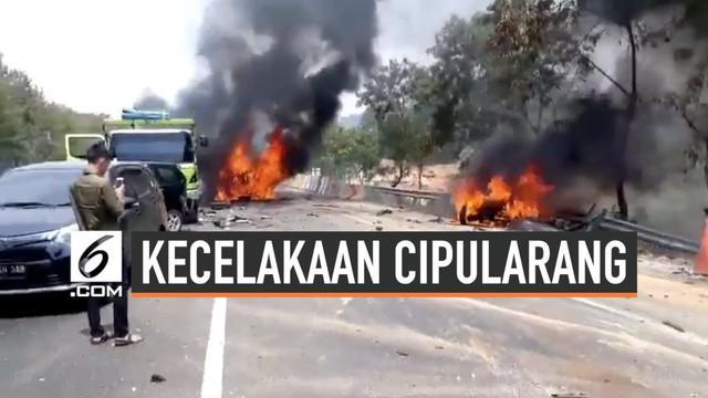 Polisi mengungkap kronologi terjadinya tabrakan beruntun di KM 91 tol Cipularang hari Senin (2/9/2019). Sedikitnya 7 orang tewas dalam kecelakaan ini.