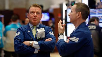 Wall Street Semringah, Indeks Dow Jones Catat Kinerja Terbaik Mingguan