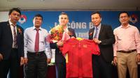 Vietnam mengontrak mantan pelatih Timnas Futsal Thailand, Miguel Rodrigo Salazar selama tiga tahun. (Bola.com/VFF)