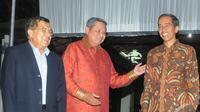 Presiden SBY bersama dengan pasangan nomor urut 2, Jokowi-JK (Liputan6.com/Herman Zakharia)