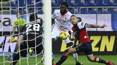 Zlatan Ibrahimovic Menggila Bikin 2 Gol, AC Milan Bungkam Cagliari