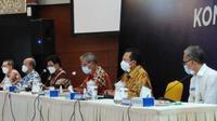 Direktur Utama BPJS Kesehatan Ali Ghufron Mukti menegaskan pihaknya berupaya maksimal melindungi data peserta melalui penerapan tata kelola teknologi informasi dan tata kelola data sesuai standar berlaku saat konferensi pers di Jakarta, Selasa (25/5/2021). (Dok BPJS Kesehatan)