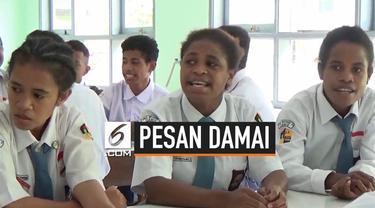 Anak-anak Papua yang sedang belajar di Ciamis Jawa Barat menyampaikan pesan damainya terkait kerusuhan yang terjadi di tanah Papua.