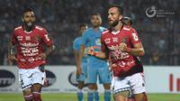 Penyerang Bali United,  Ilija Spasojevic usai mencetak gol ke gawang Persela. (Dok. PT LIB)