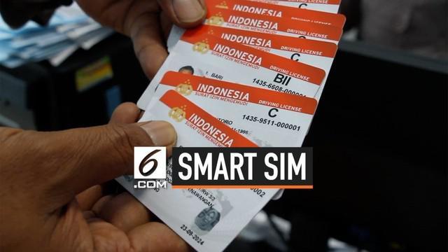 Menjadi dokumen resmi yang harus dimiliki pengendara kendaraan bermotor di Indonesia, Korps Lalu Lintas (Korlantas) Polri resmi meluncurkan Smart Surat Izin Mengemudi (SIM), Smart SIM.