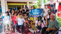 Penyerahan donasi sebesar Rp100 juta dari PUBG Mobile untuk Yayasan Cheshire Indonesia di Jakarta, Senin (25/11/2019). (Istimewa)