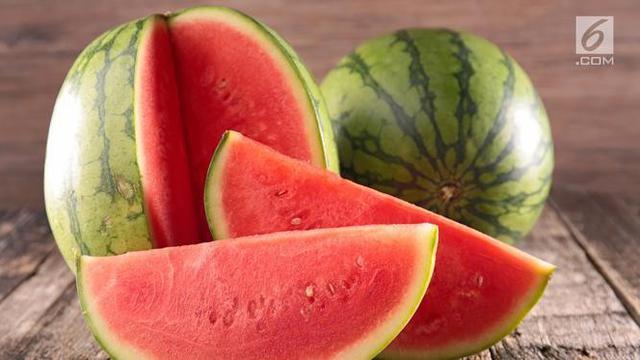 Manfaat semangka untuk kecantikan kulit