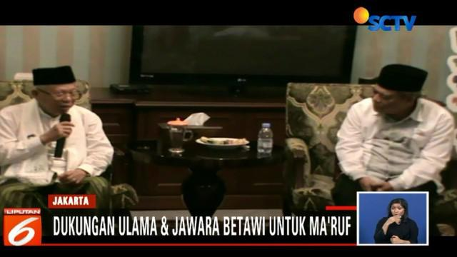 Sebagai rasa terimakasih atas dukungan ini, Ma'ruf Amin memberikan sorban kepada para pendukungnya.