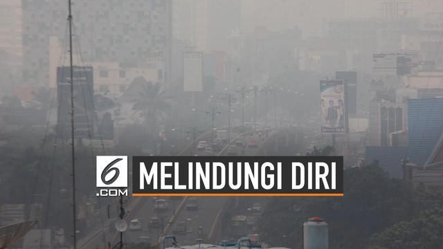 Asap tebal kembali terjadi di Pekanbaru. Warga perlu berhati-hati apabila ingin beraktivitas di luar rumah.
