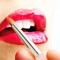 [Bintang] ilustrasi pemakaian lipstik merah sesuai warna kulit. (via: istimewa)