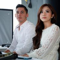Syukuran pernikahan Samuel Zylgwyn dan Franda (Deki Prayoga/bintang.com)