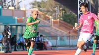 Kehadiran Todd Rivaldo Ferre selama 82 menit tak mampu membantu Lampang FC meraih kemenangan dan harus menyerah 0-1 dari Kasetsart FC. (dok. Lampang FC)
