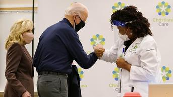 Pakar CDC AS Sarankan Vaksin Booster COVID-19 untuk Lansia
