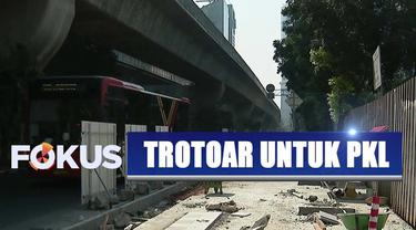 Trotoar untuk pedagang kaki lima, Gubernur DKI Jakarta: multifungsi trotoar lumrah terjadi di kota besar di dunia.
