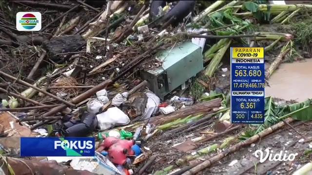 Fokus Pagi ini menyajikan beberapa berita di antaranya, Banjir Terjang Kota Medan, 5 Orang Tewas, Banjir Di Medan, Ribuan Orang Dievakuasi, Iyut Bing Slamet Terjerat Kasus Narkoba, Polda Metro Jaya Bentuk Tim Pemburu Covid-19.