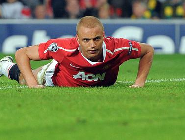 Foto: Termasuk Pemain Belakang Manchester United, 5 Bek dengan Koleksi Gol Bunuh Diri Terbanyak di Liga Inggris
