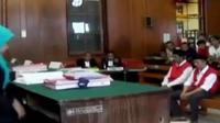 Kades Hariyono dan ketua tim 12 Mudassir dituntut Jaksa Penuntut Umum seumur hidup.