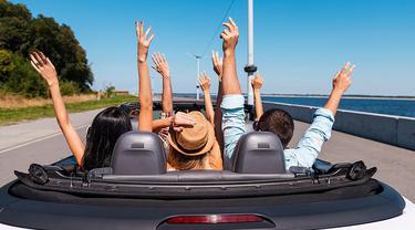 5 tips sewa mobil saat liburan di luar negeri