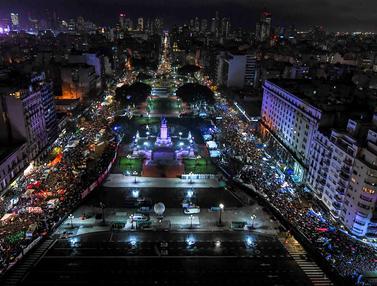 Legalisasi Aborsi, Massa Pro dan Kontra Turun ke Jalanan Argentina