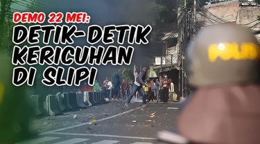 Detik-detik kericuhan massa demo di Slipi, Jakarta Barat pada 22 Mei 2019. Aksi protes terkait hasil keputusan Pilpres 2019 menjadi ricuh saat massa melempari Polisi dengan batu dan pecahan kaca, tak hanya itu, massa juga membakar ban dan kayu diteng...