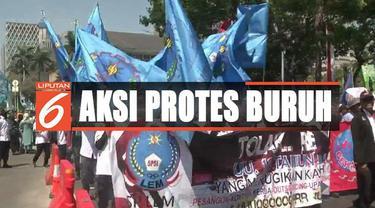 Para buruh menilai revisi yang diusulkan Asosiasi Pengusaha Indonesia atau APINDO itu akan merugikan mereka.
