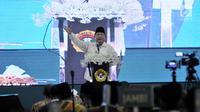 Calon presiden nomor urut 02 Prabowo Subianto saat berpidato dalam Rakernas LDII di Pondok Gede, Jakarta, Kamis (11/10). Kehadiran Prabowo untuk memberi pembekalan dalam pertemuan anggota LDII se-Indonesia. (Merdeka.com/Iqbal Nugroho)