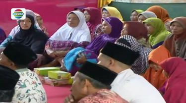 Raut bahagia terpancar dari warga Gunungkidul, Yogyakarta, saat mengikuti buka puasa bersama yang digelar oleh Emtek Group.