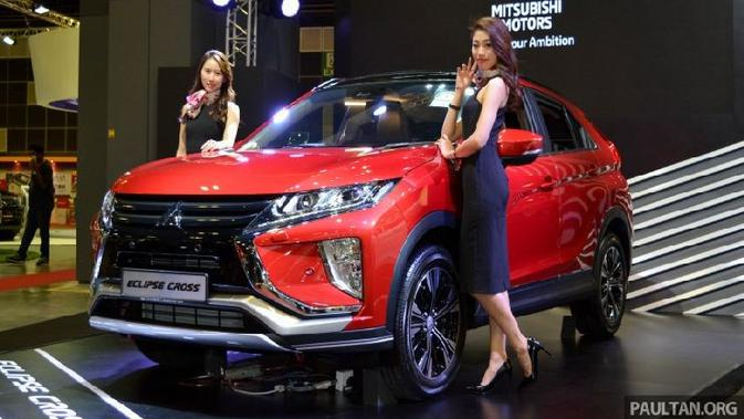 Top3: Harga Mitsubishi Eclipse Cross dan Yamaha NMax Facelift