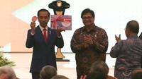 Presiden Jokowi pada peluncuran Roadmap Implementasi industri 4.0 di Jakarta Convention Center, Rabu (5/4). Melalui program ini, Jokowi menargetkan Indonesia dapat mencapai top ten ekonomi global pada tahun 2030. (Liputan6.com/Angga Yuniar)