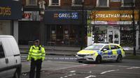 Lokasi kejadian penembakan teror di Streatham Street, London. (Source: Victoria Jones/PA via AP)