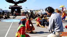 Citizen6, Lebanon: Tim Unit Video UNIFIL (United Nations Interim Force in Lebanon) yang dipimpin oleh Mr. Francis Asadi selaku Produser, membuat film khusus UNIFIL tentang kegiatan Indobat di Lebanon, Rabu (16/5). (Pengirim: Badarudin Bakri)